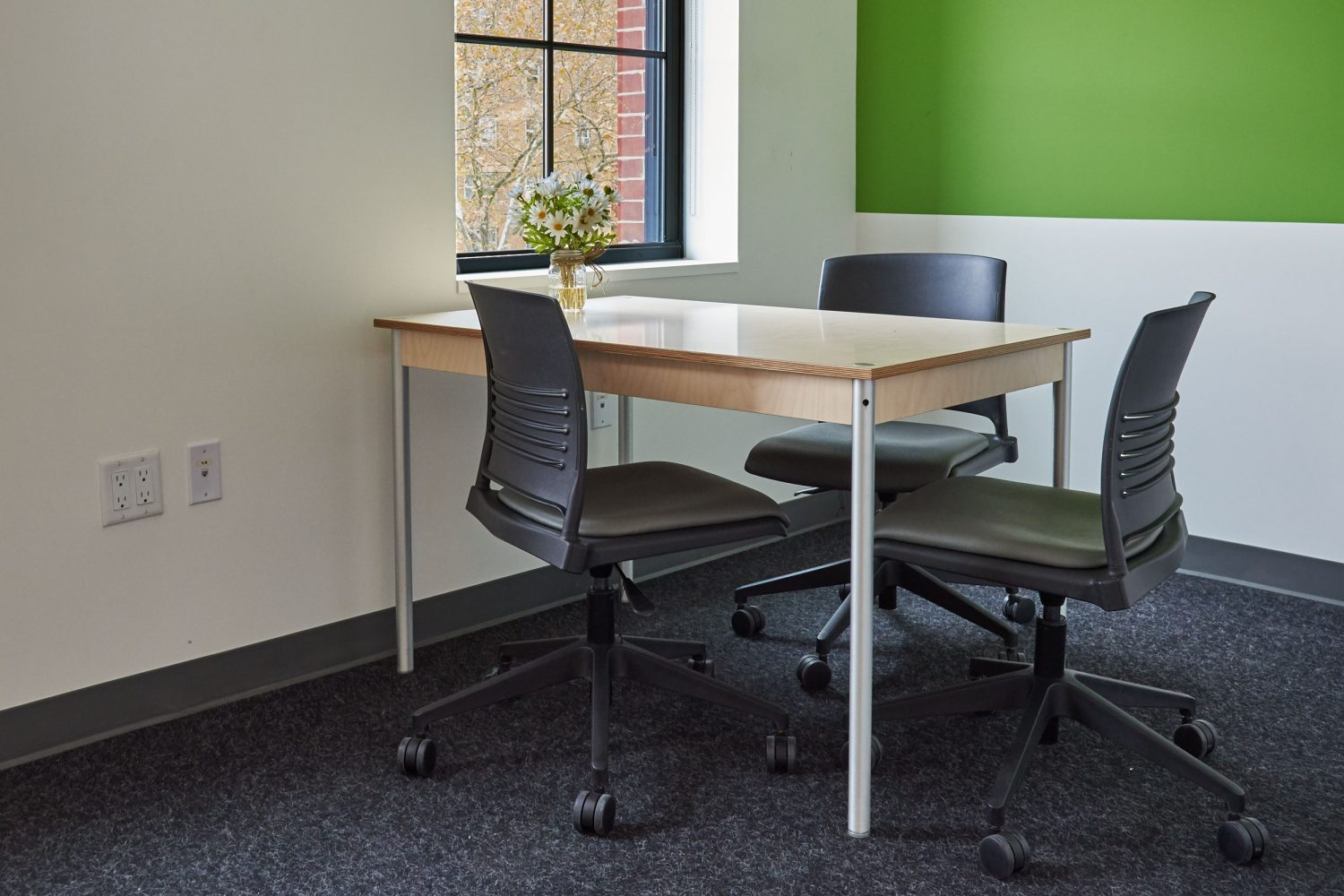 small meeting room office furniture